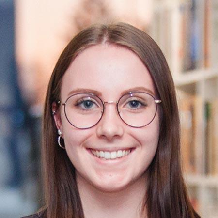 Annalena Rzehak - Team Assistant