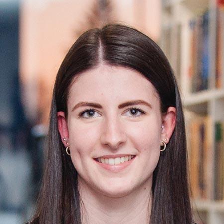 Simone Hopfensitz - Team Assistant